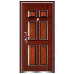 Hnedé bezpečnostné dvere
