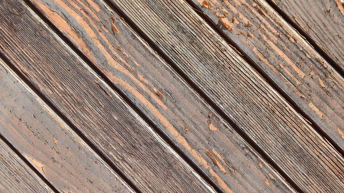 Farba na drevo s matným efektom
