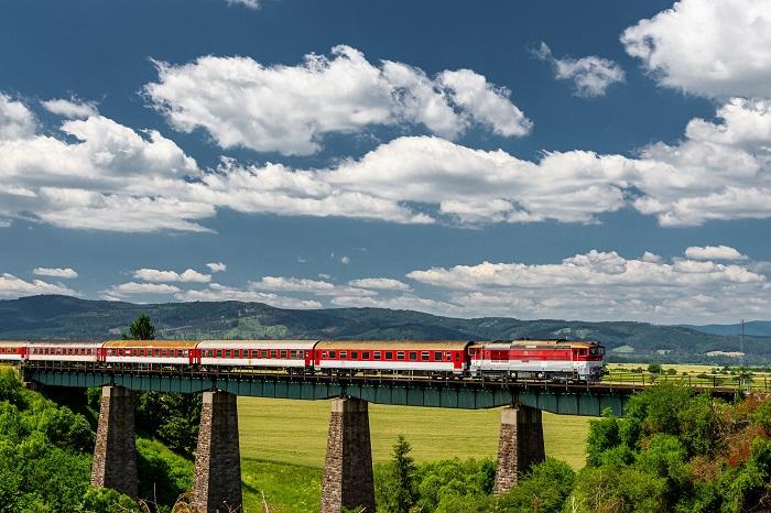 Pohodlné cestovanie vlakom zadarmo
