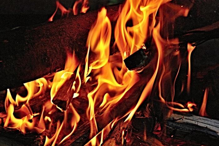 Vykurovanie domu uhlím a drevom